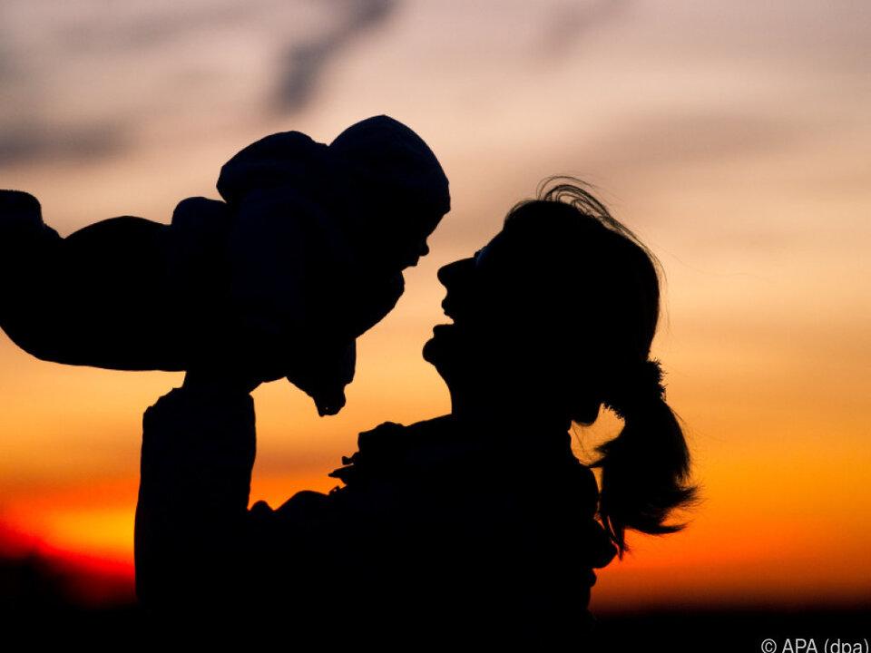 Wenig Neues auf der Liste der beliebtesten Babynamen kinder eltern familie baby schwanger