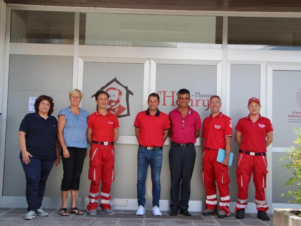 Leitung Haus Henry/Rotes Kreuz mit Lananer Gemeindeverwaltung