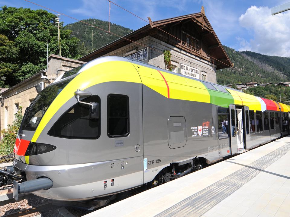 Zug Mühlbach Bahn-2hig