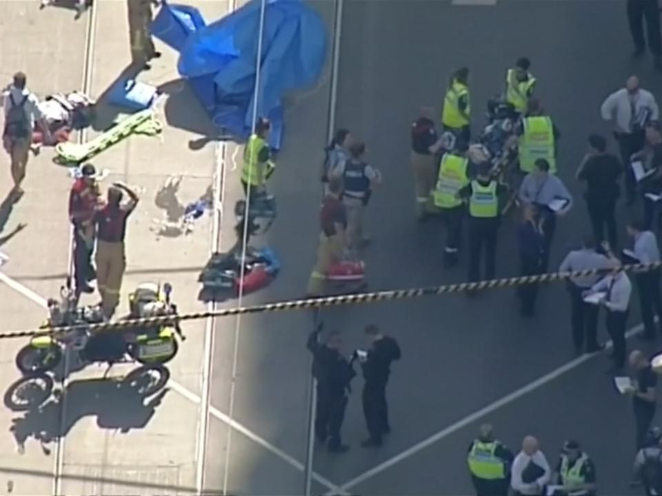 Auto rast in Menschenmenge in Melbourne
