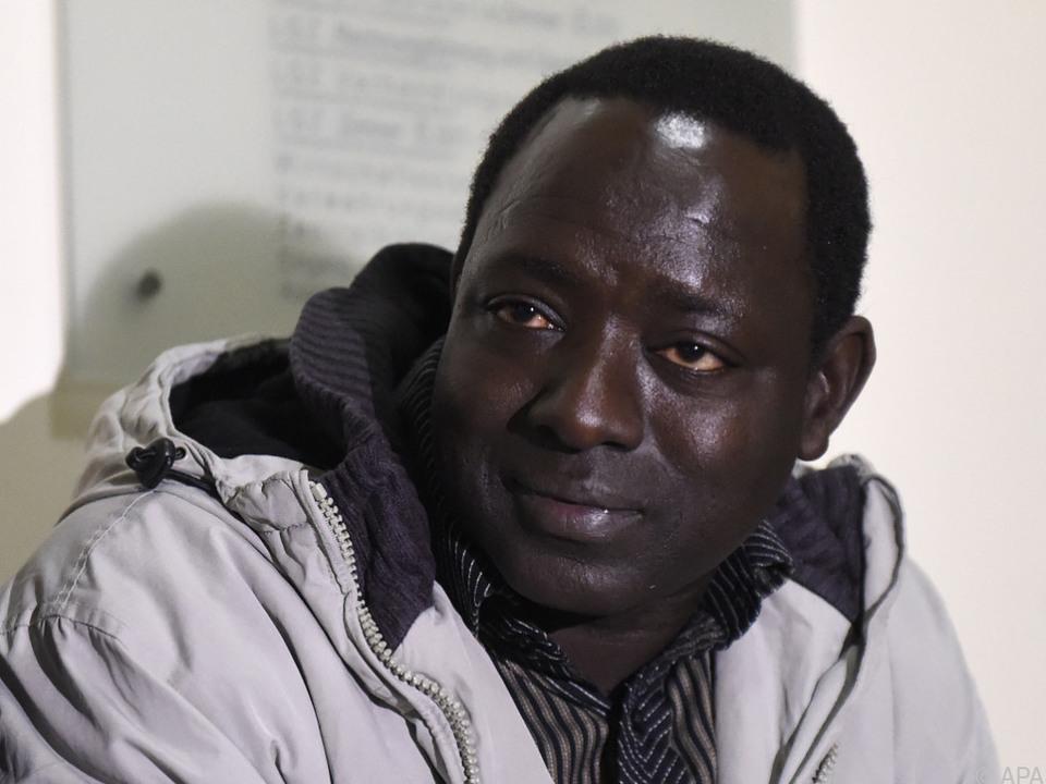 Bakary J. wurde von Wega-Beamten gefoltert