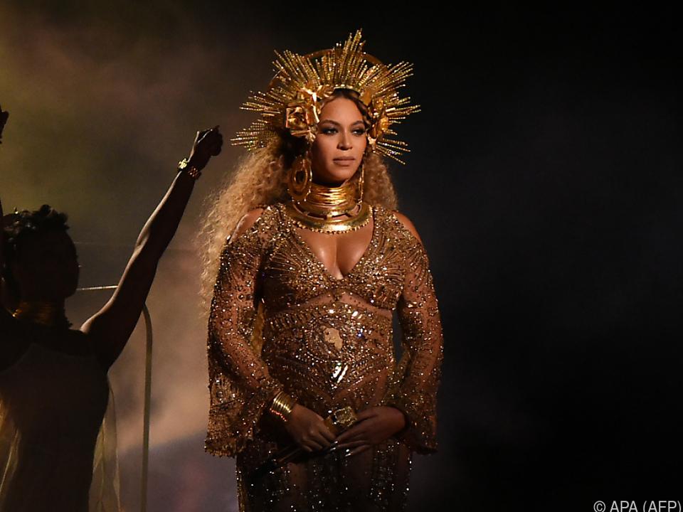 Beyoncé - Queen of Instagram
