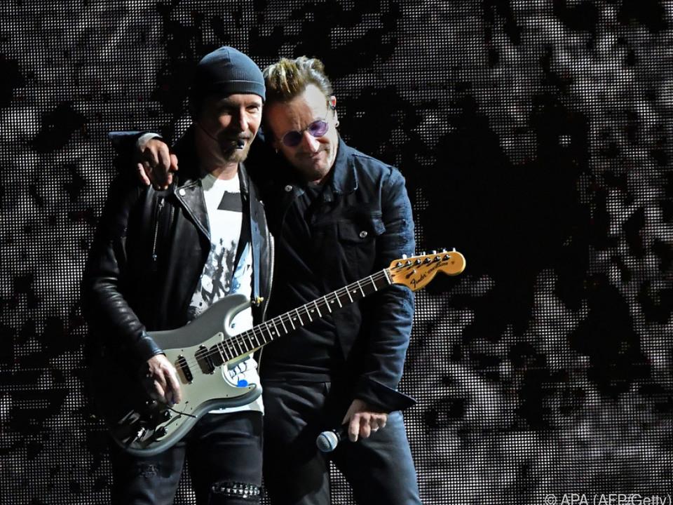 Bono und The Edge machen Werbung für das neue Album