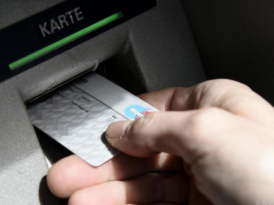 Das neue Jahr bringt Vorteile für Bankomatkartenbesitzer