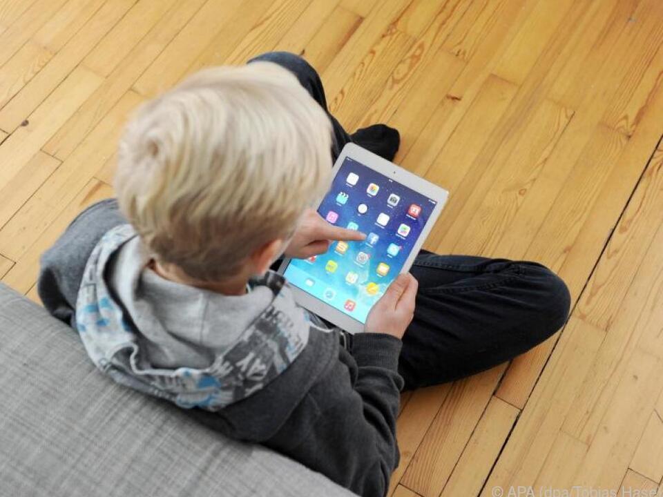 Der Kinder-Messenger soll diverse Sicherheitsfunktionen enthalten smartphone kinder tablet
