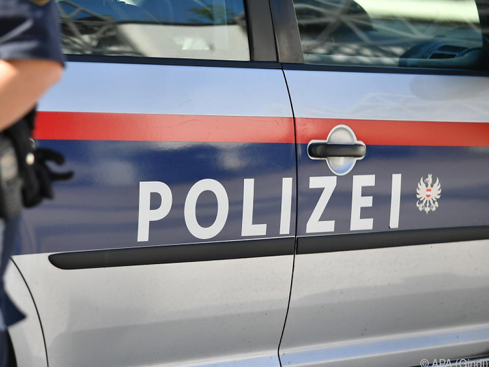 Die Polizei nahm dem Mann die Waffe ab
