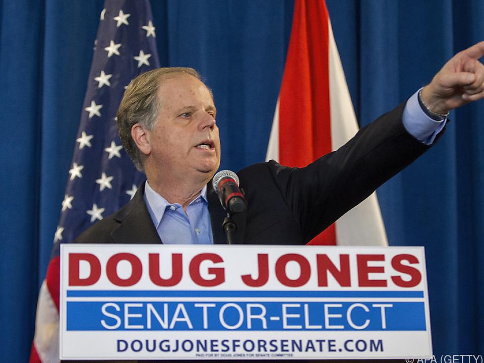 Doug Jones wird am 3. Jänner vereidigt