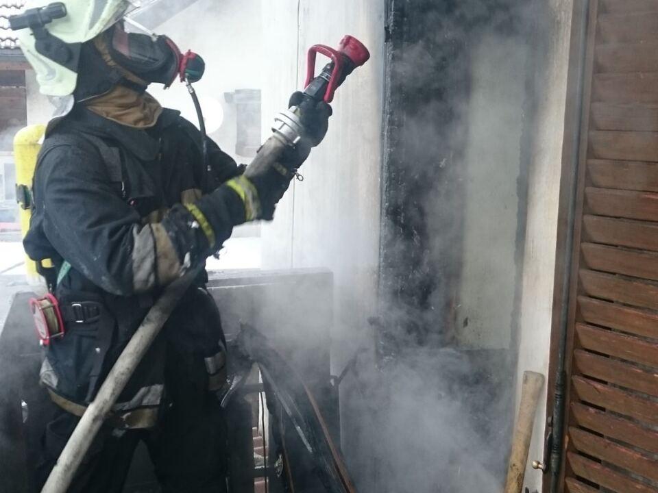 Brand Feuerwehr Brixen Löscharbeiten
