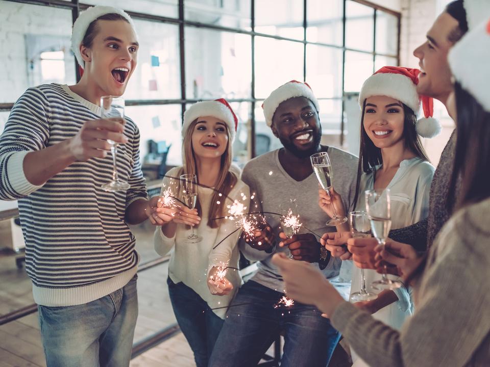firma weihnachten feier party büro job sym weihnachtsfeier