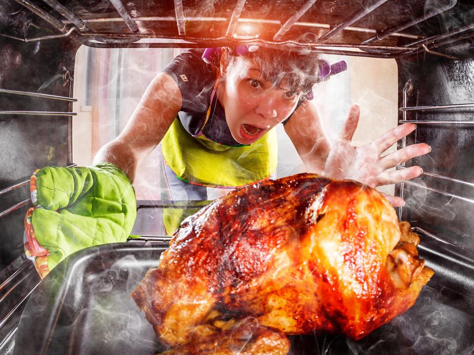 Huhn verbrannt Küche Panik Essen verbrannt