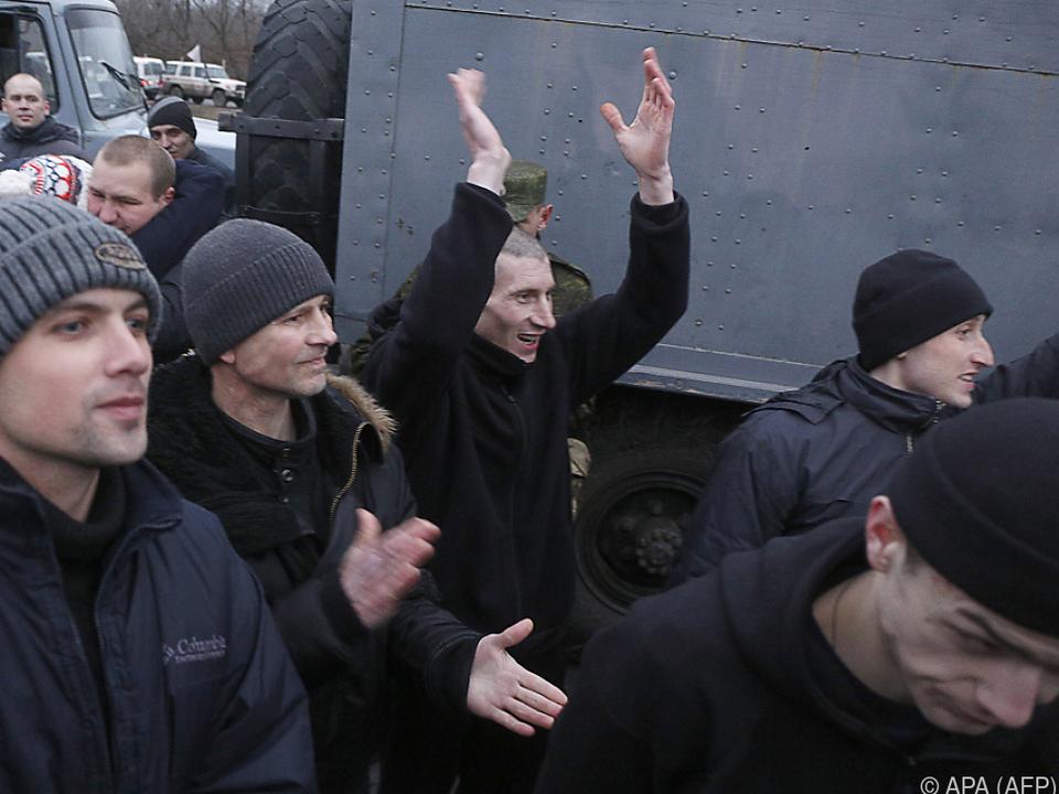 Freude bei den freigelassenen Gefangenen