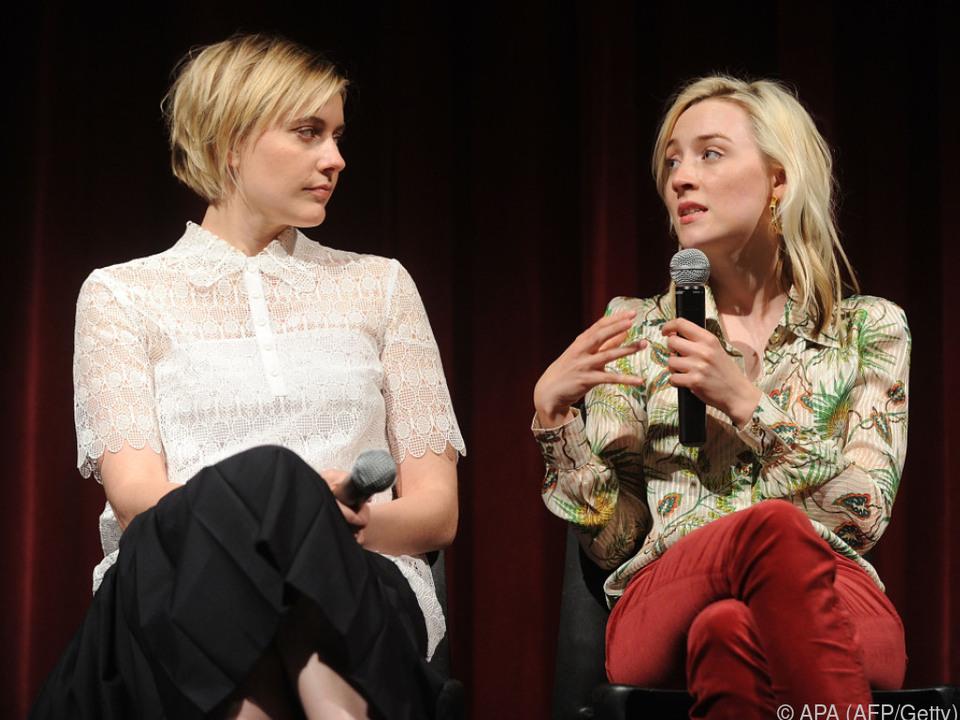 Greta Gerwig und Saoirse Ronan im Trophäen-Höhenflug