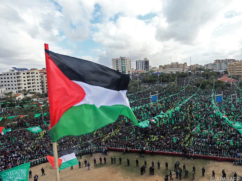 Hamas feiert in Gaza 30. Jahrestag ihrer Gründung