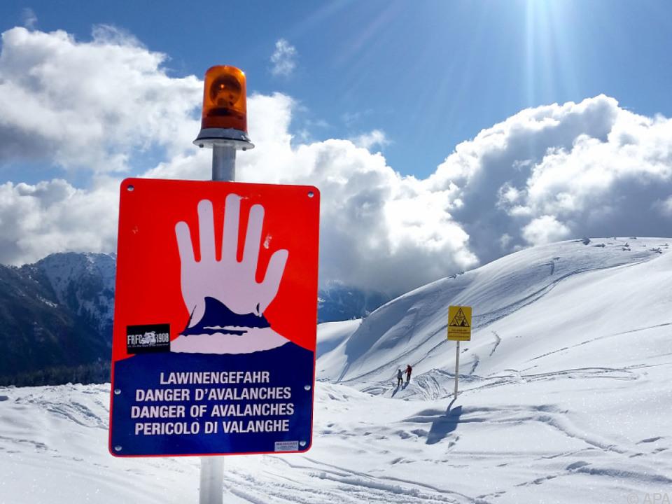 Hohe Lawinengefahr im Westen von Österreich