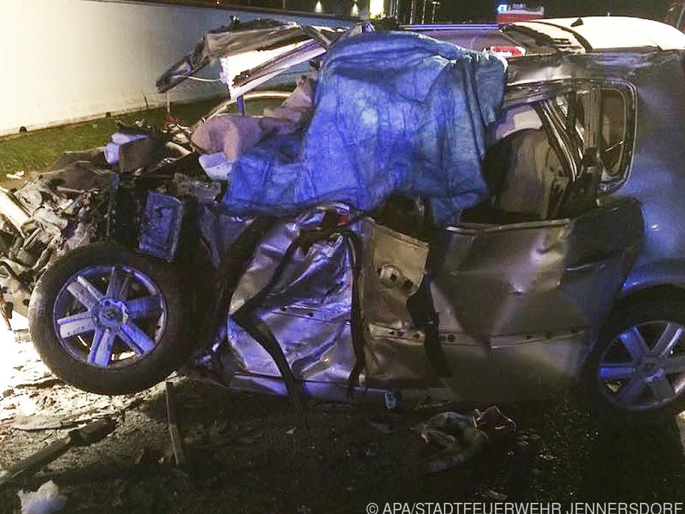 In diesem Auto starben zwei Menschen