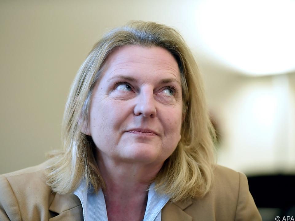 Kneissl will nicht FPÖ-Mitglied genannt werden
