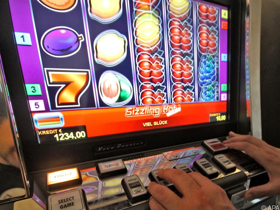 Mehr als 2.000 Glücksspielautomaten wurden 2017 beschlagnahmt