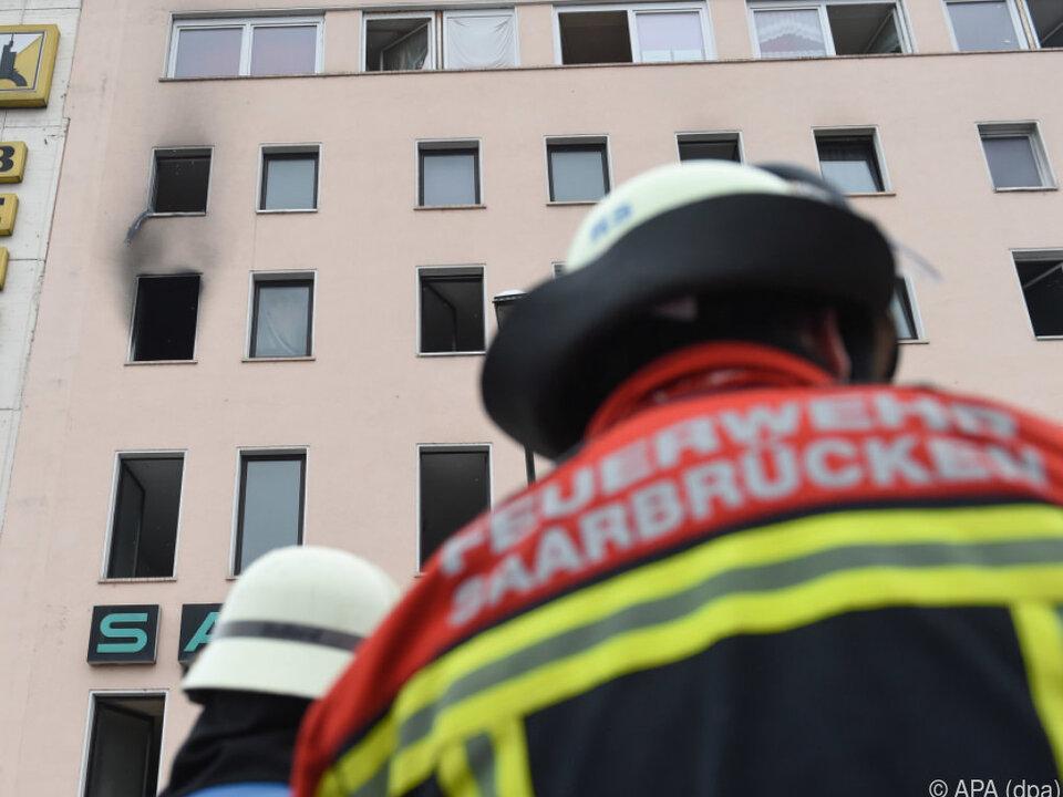 Mehrere Menschen wurden bei dem Feuer verletzt