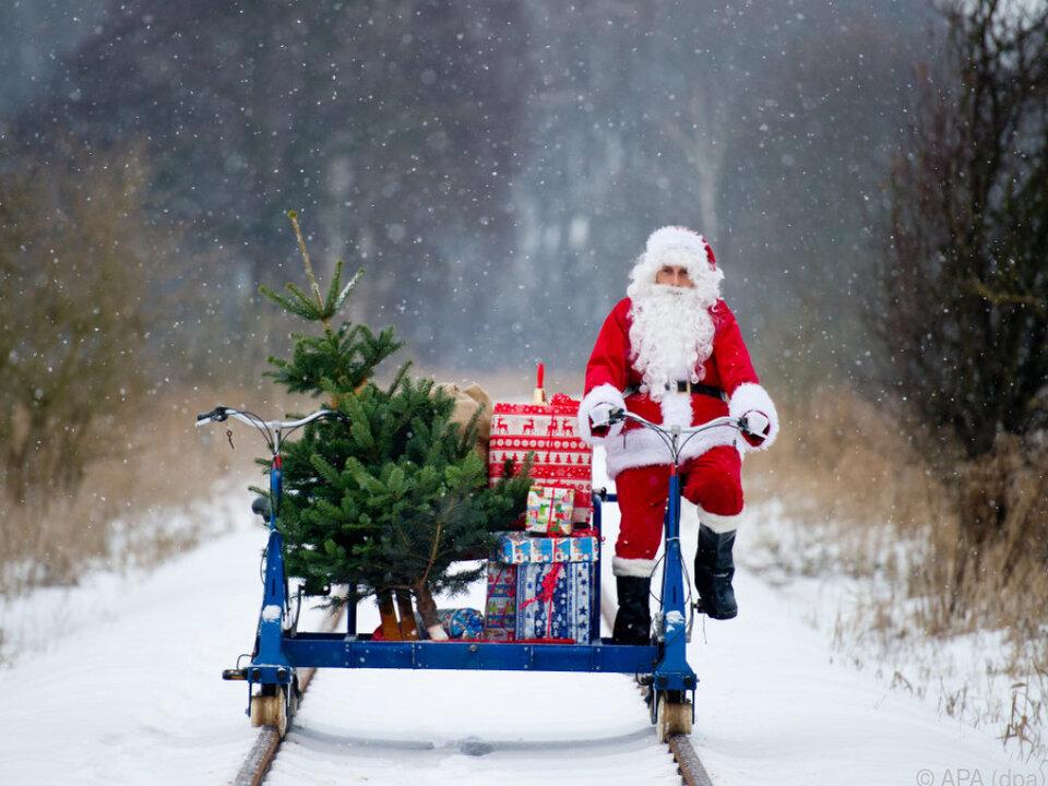 Muss der Weihnachtsmann durch den Schnee anreisen?