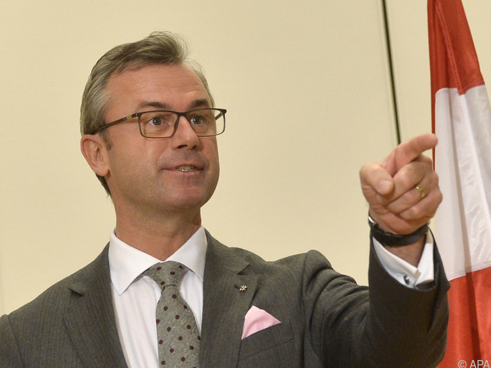 Norbert Hofer kann sich Tempo 140 vorstellen