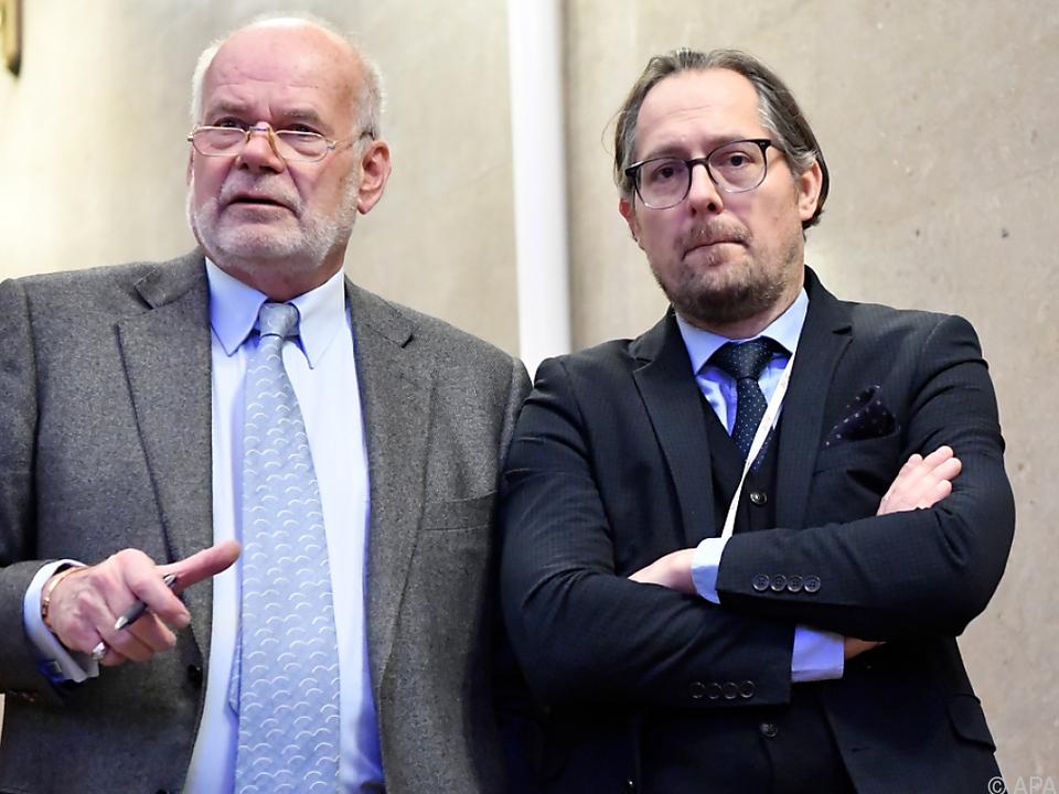 Norbert Wess (r.) sieht Verteidigung im Recht