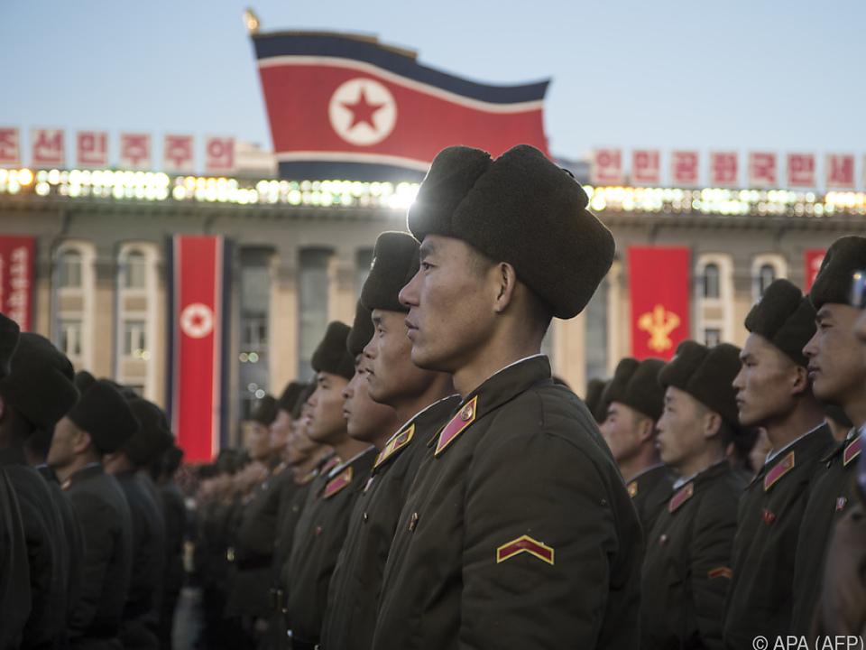 Nordkorea schwört Bevölkerung und Armee ein