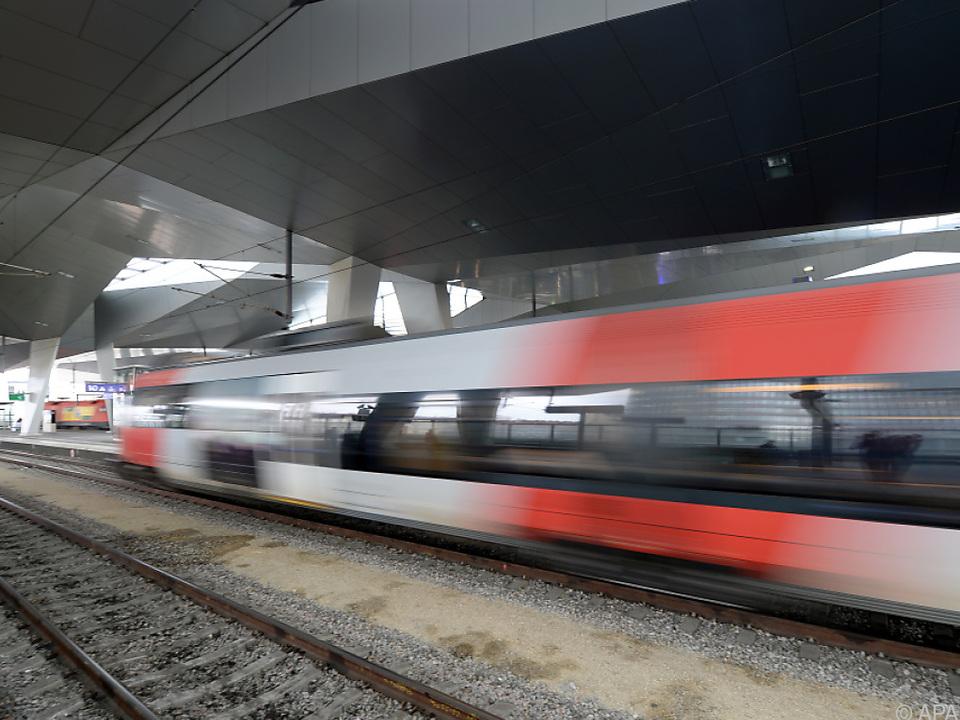 Österreicher lieben Zugfahren