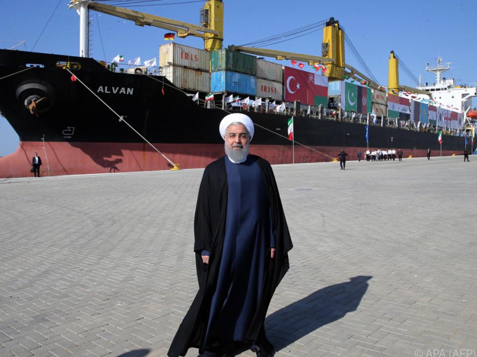 Rouhani kritisiert Einmischung aus dem Ausland