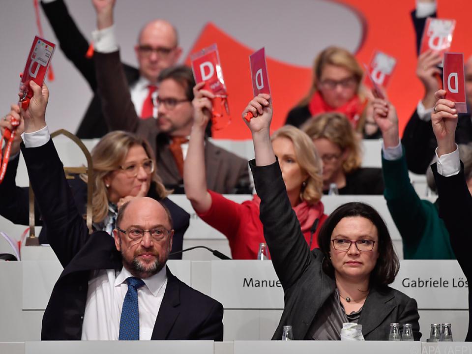 Schulz und Nahles stimmten für Gespräche mit CDU/CSU