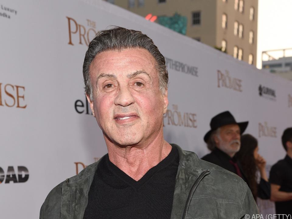 Stallone gibt Verantwortung ab