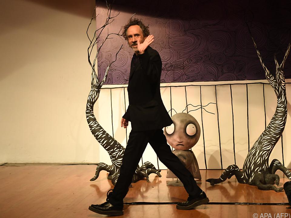 Tim Burton eröffnete Ausstellung in Mexiko-Stadt