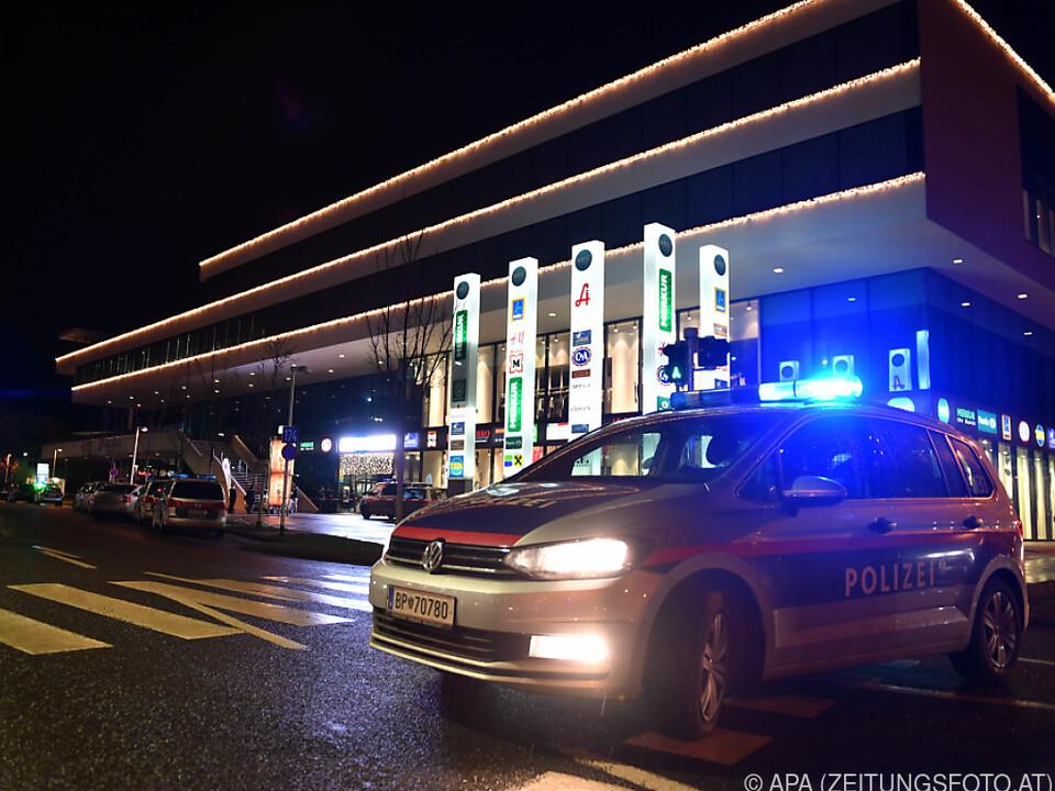 Überfall in Höttinger Einkaufszentrum