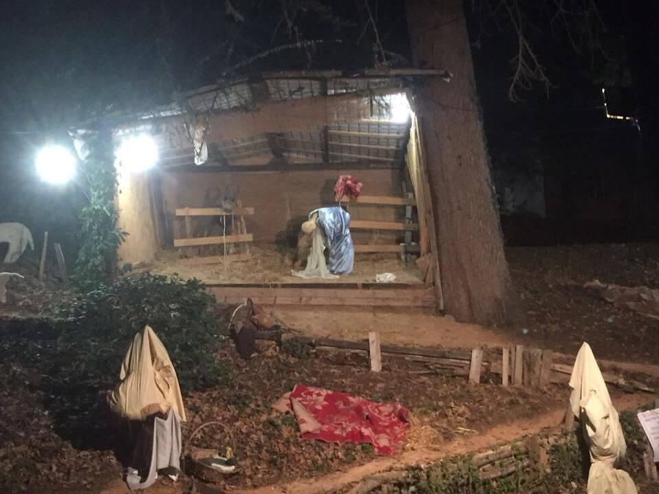 Facebook/Raffaella Nicolini-zerstörte Krippe Montalbano