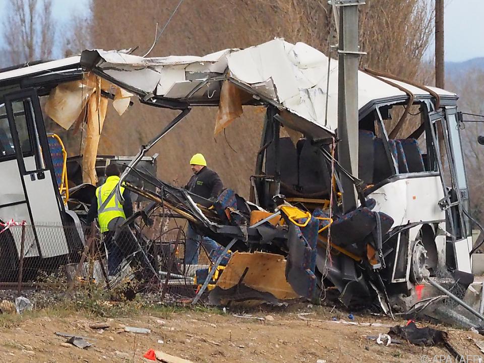 Mindestens vier Menschen bei Schulbus-Unfall in Frankreich getötet