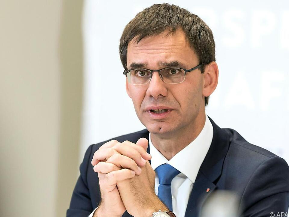 Wallner ist für parlamentarische Kontrolle