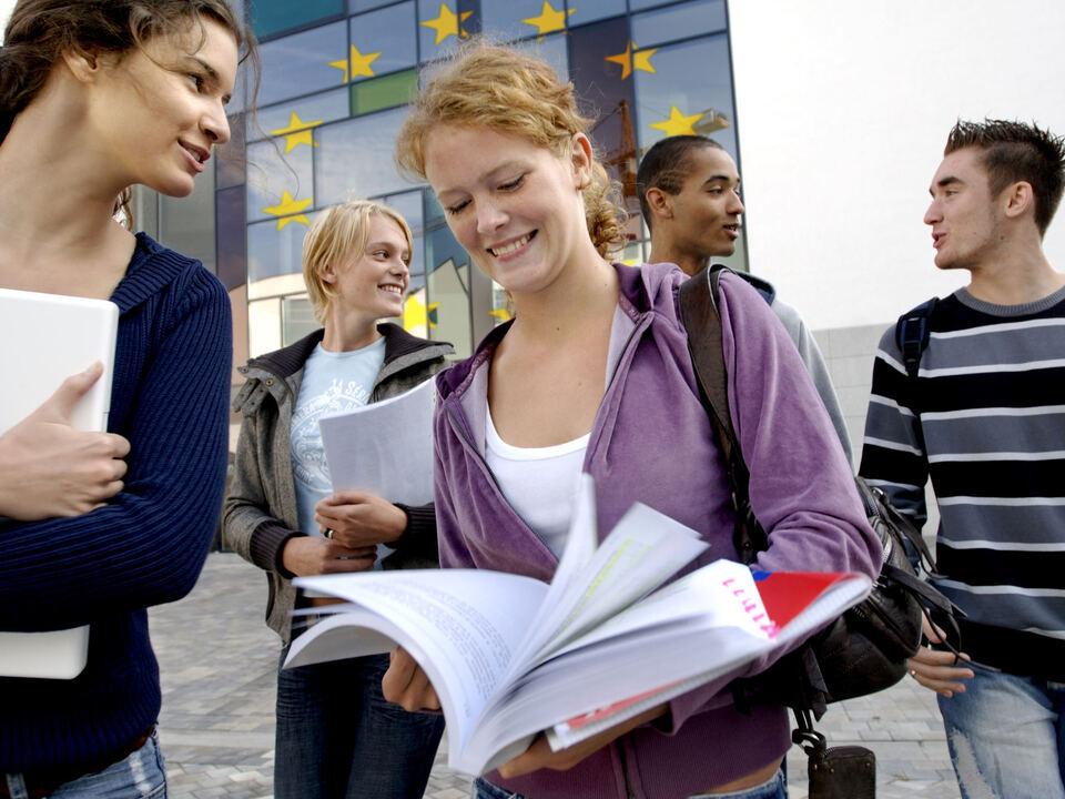 Campus Schule Oberschüler Studenten