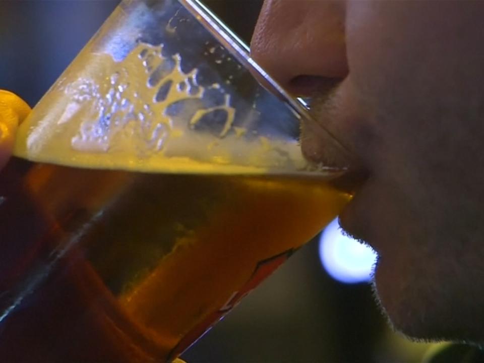Alkohol zerstört DNA und erhöht Krebsrisiko