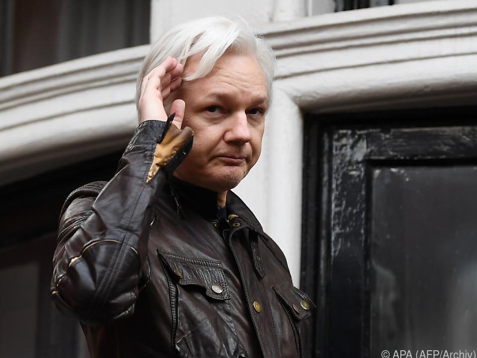 Assange wurde bereits am 12. Dezember die Staatsbürgerschaft zuerkannt