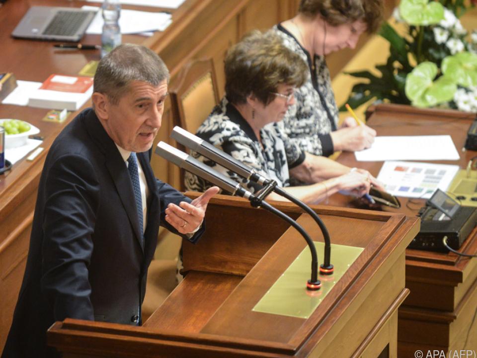 Babis genießt noch das Vertrauen von Staatschef Zeman