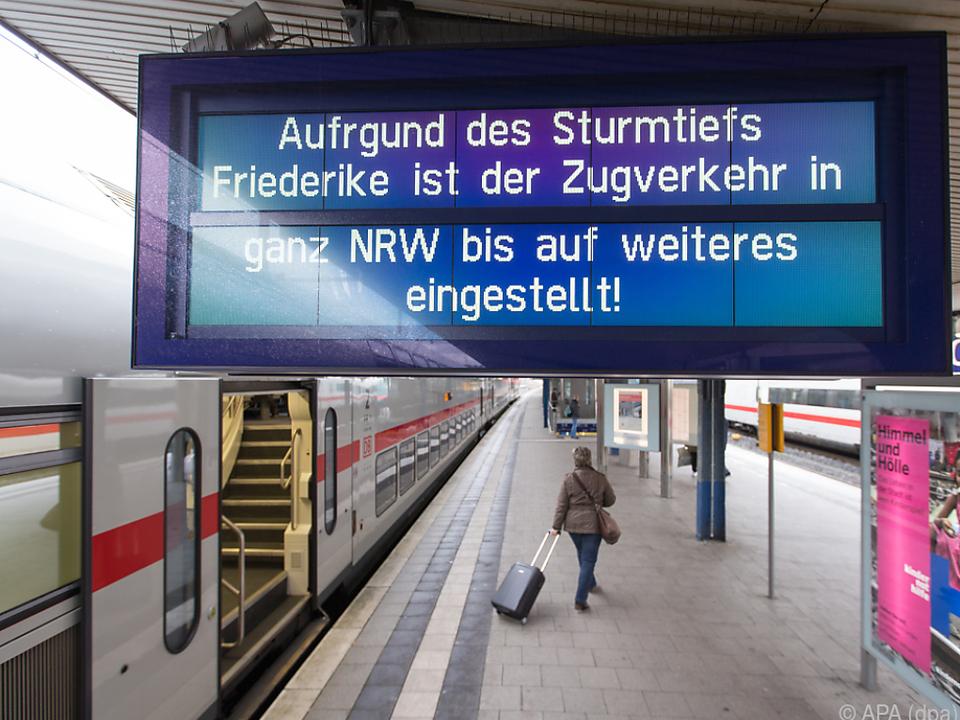 Bahn-Fernverkehr wird am Freitag wieder anrollen
