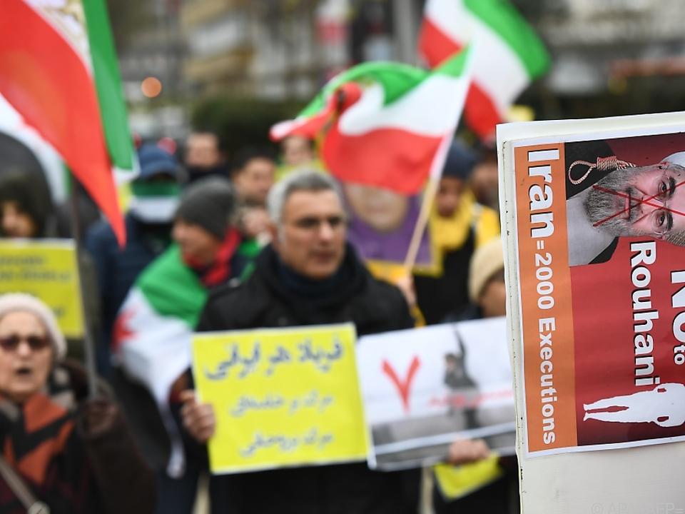 Bei den Protesten wurden über 1.000 Menschen festgenommen