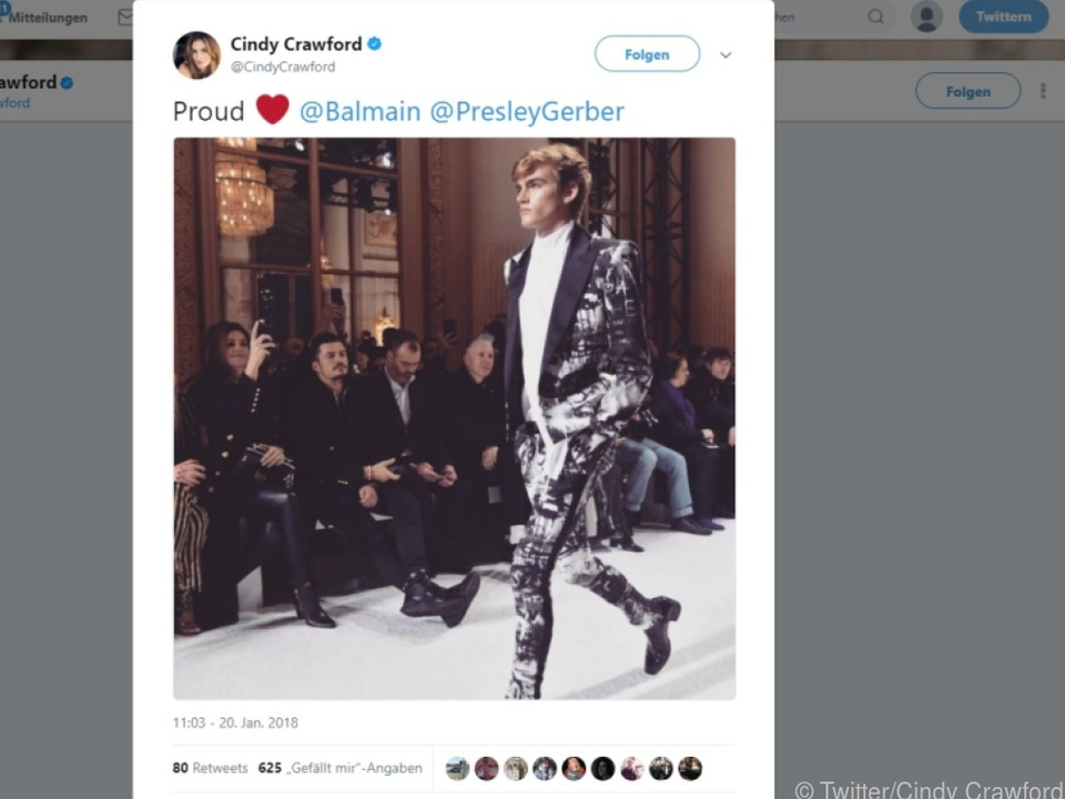 Cindy Crawford twitterte ein Foto von der Show