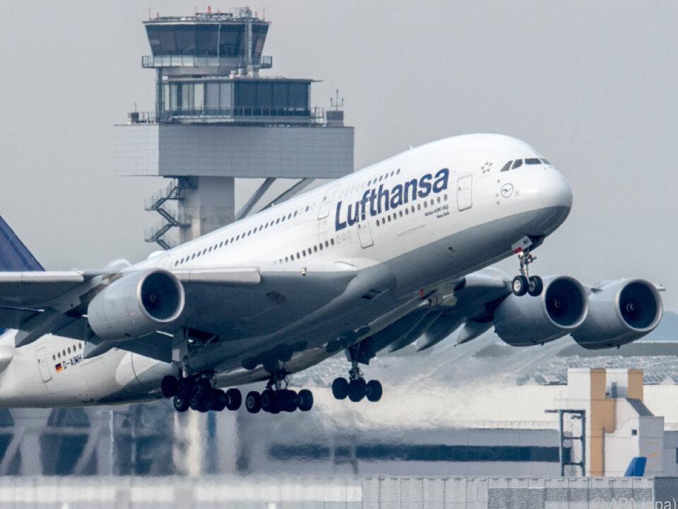 Die Kranich-Airline ließ Ryanair knapp hinter sich