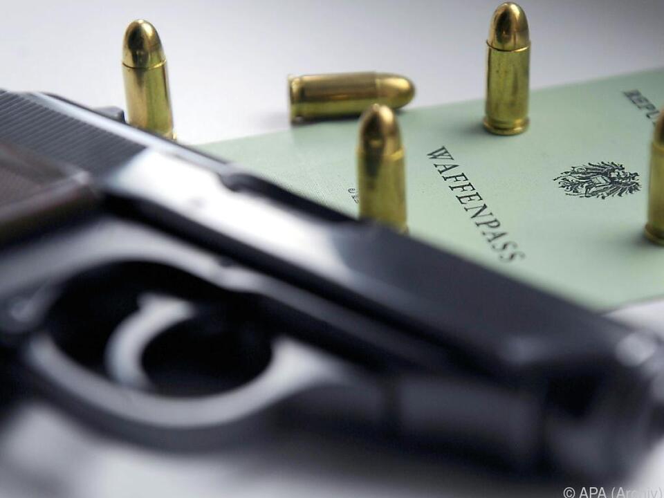 Die Zahl der Waffenbesitzer stieg um rund vier Prozent
