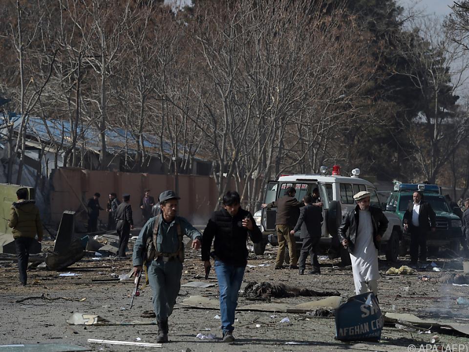 Ein mit Sprengstoff beladener Krankenwagen explodierte