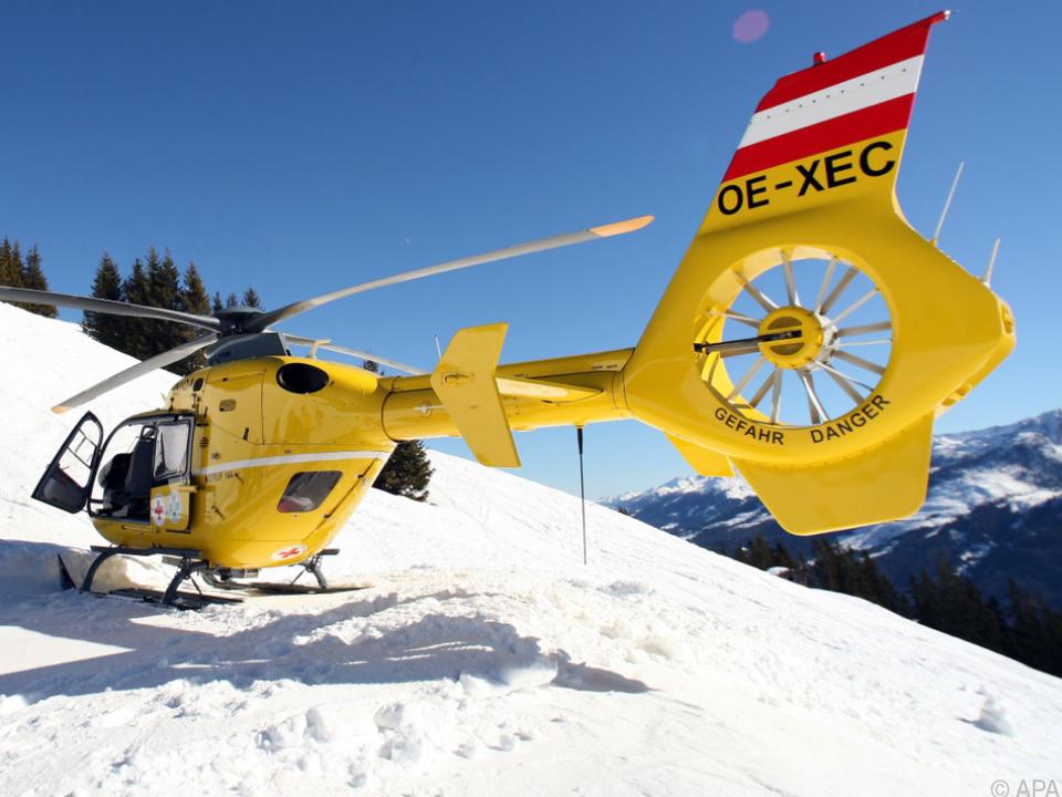 Ein Rettungshubschrauber brachte den Skitourengeher ins Spital
