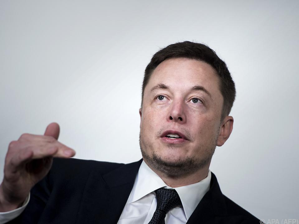 Elon Musk wird kein Gehalt bei Tesla beziehen