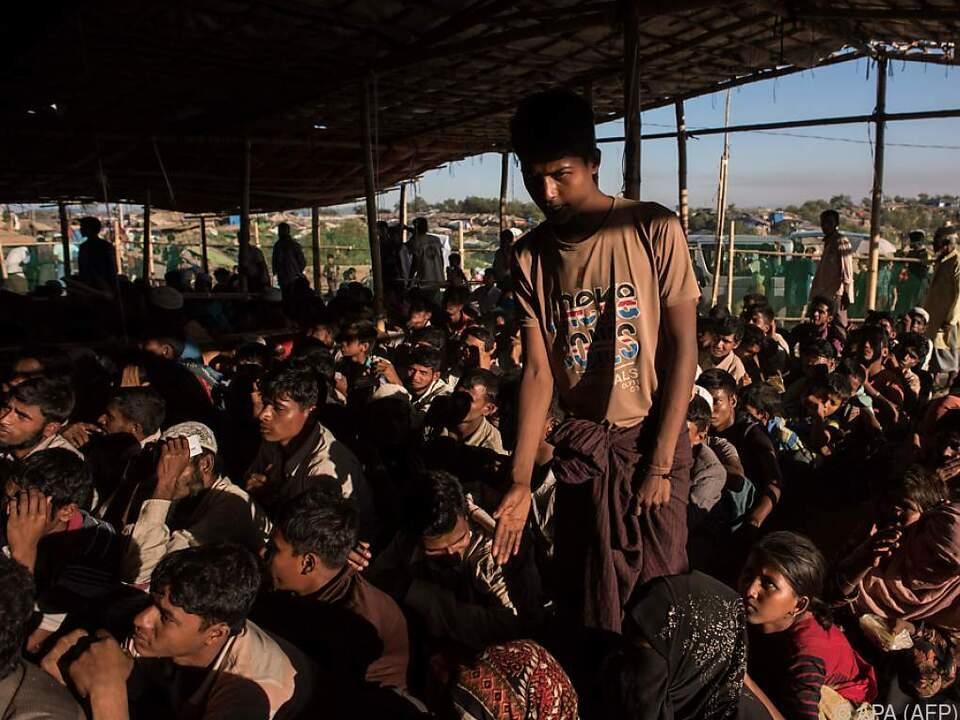 Hunderttausende Rohingya flüchteten vor der Gewalt aus Myanmar