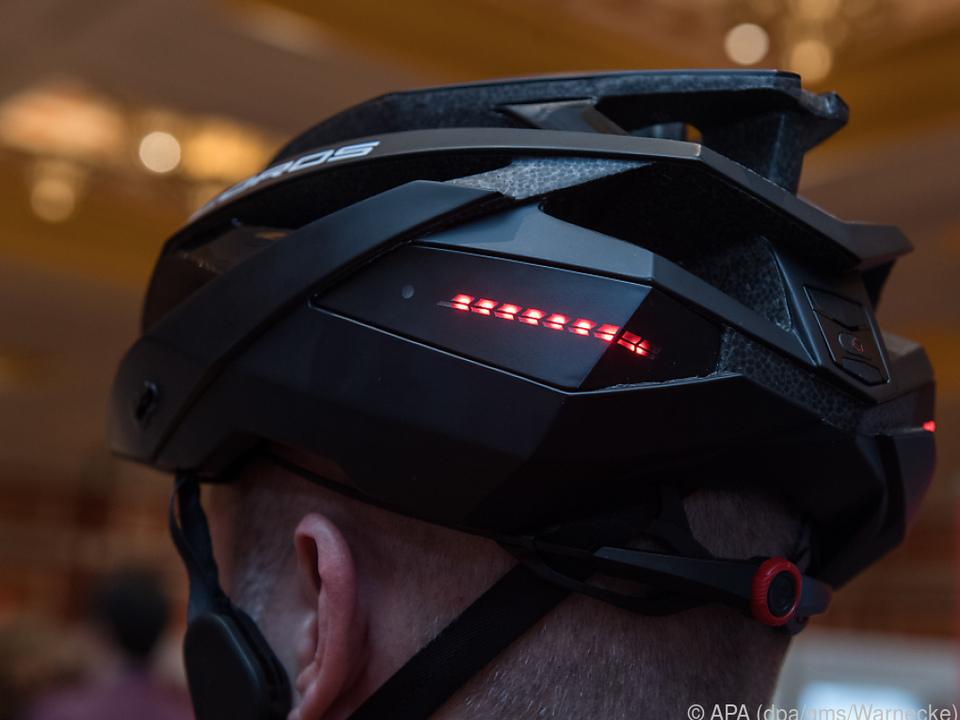 Im neuen Fahrradhelm Omni von Coros steckt einiges an Technik drin