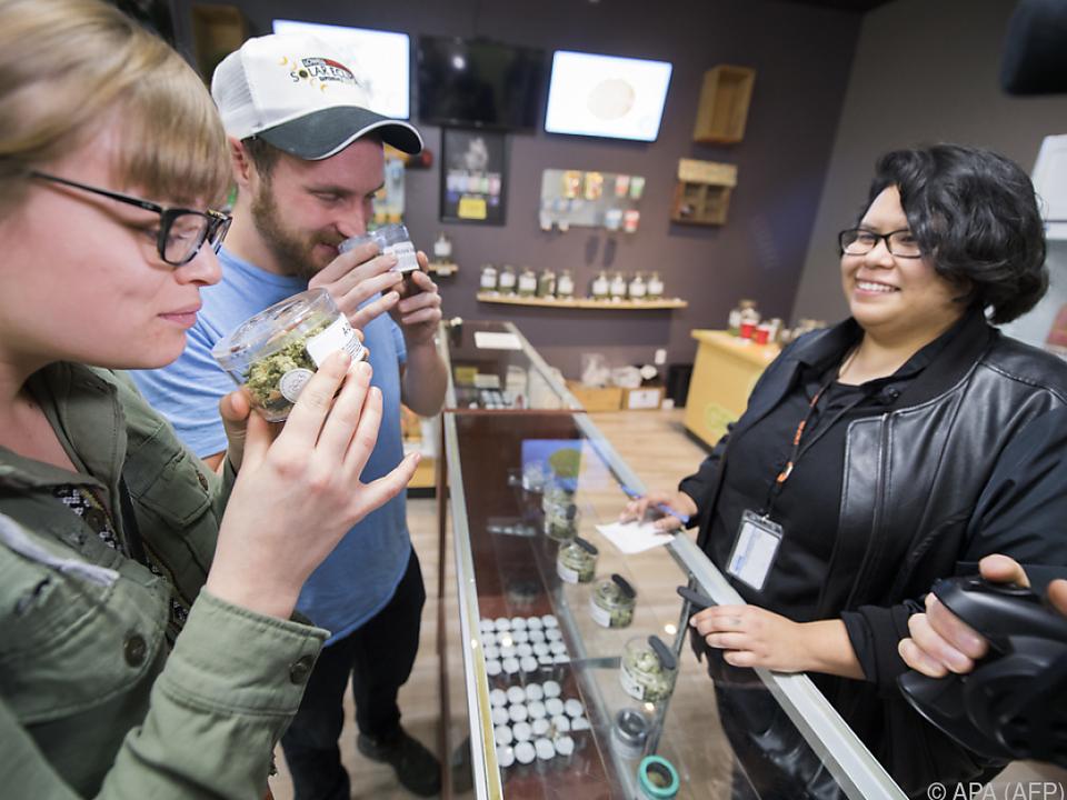 In Kalifornien kann man Cannabis nun legal erwerben